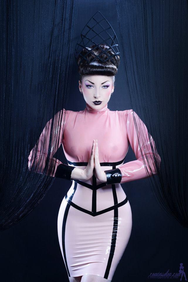 Comtesse Léa par Rémy Cozot